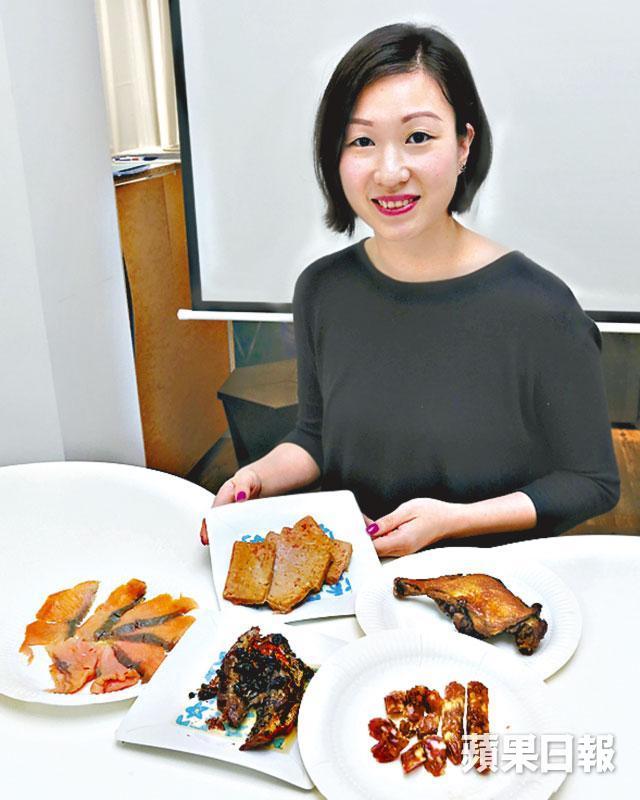 ■營養師陳玉儀指醃製肉高鈉高脂不宜多吃。潘皓欣攝