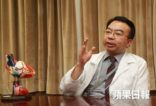 ■心臟科專科醫生陳鑑添指忽然轉冷可誘發急性心臟病。張柏基攝