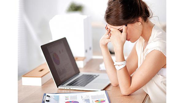 頭痛是常見的高血壓症狀,但並非人人都會有,而是因人而異。(網上圖片