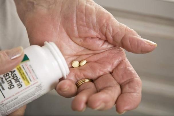 研究指,常服阿士匹靈會增嚴重出血機會。(互聯網)