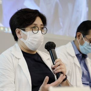 葛量洪醫院心臟內科顧問醫生范瑜茵醫生指運送心臟期間要金睛火眼望實心臟指數。(歐嘉樂攝)